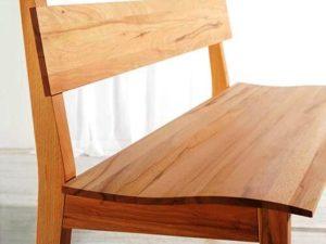 Sitzbank mit Lehne