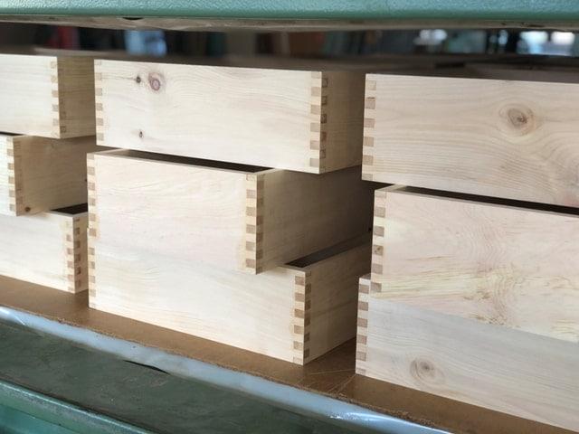 herstellung-zirbenholzbrotdose