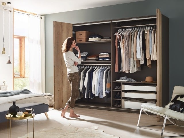 massivholz kleiderschrank modern