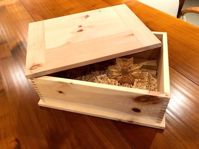 zirbenholzbrotdose-fertig