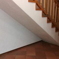 Wohnraummöbel